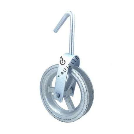 Well pulley 160 mm diameter with steel mounting and iron roller.